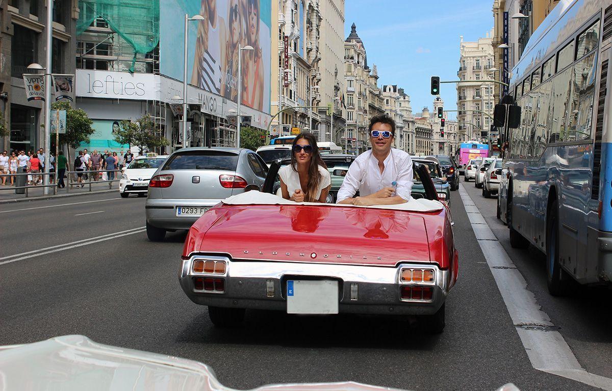Publicidad en coches clásicos - clásicos para publicidad - SerbeCar
