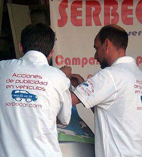 Rotulación de coches - Vinilado de vehículos_ SerbeCar